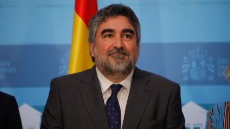 El Gobierno nombra embajador ante la UNESCO a José Manuel Rodríguez Uribes, exministro de cultura
