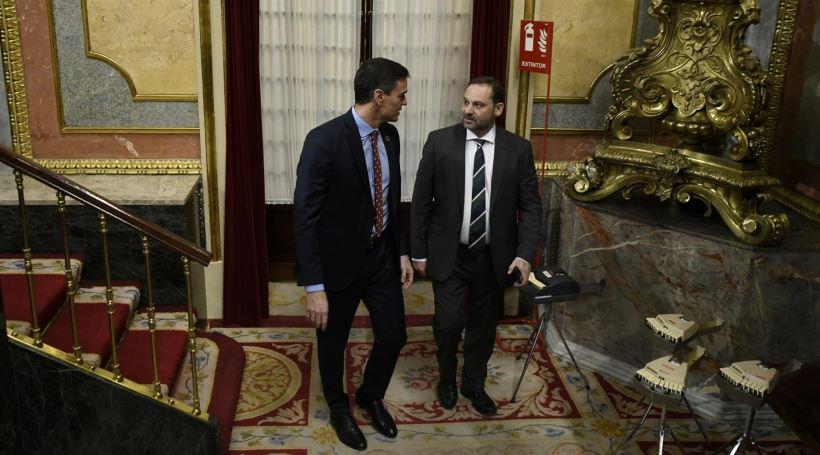 El Presidente Pedro Sánchez ha avisado que conversará este fin de semana con toda la oposición y partidos para intentar un acuerdo colectivo. Según Ábalos, podrían ser un referente los Pactos de la Moncloa de 1977 que dieron paso al nacimiento de la Democracia en España.