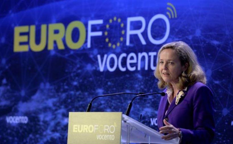 """<strong>En Bruselas se muestran impresionados favorablemente con el trabajo de la vicepresidenta Calviño, y esperan que se de <em>""""un amplio consenso político en torno al fondo,</em><em> que pasa por una serie de </em><em>exigencias a España""""</em> reclamadas por la propia Comisión Europea""""</strong>"""