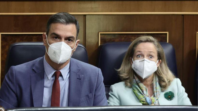 Casado resucita a ETA contra Sánchez que prefiere celebrar el décimo aniversario del fin del terrorismo en España