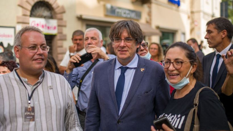 """Las autoridades judiciales italianas argumentan que la """"liberación inmediata"""" del expresidente se debe a su inmunidad """"intacta"""" de europarlamentario"""