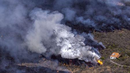 El Gobierno estudia un proyecto para paliar los daños del volcán en La Palma