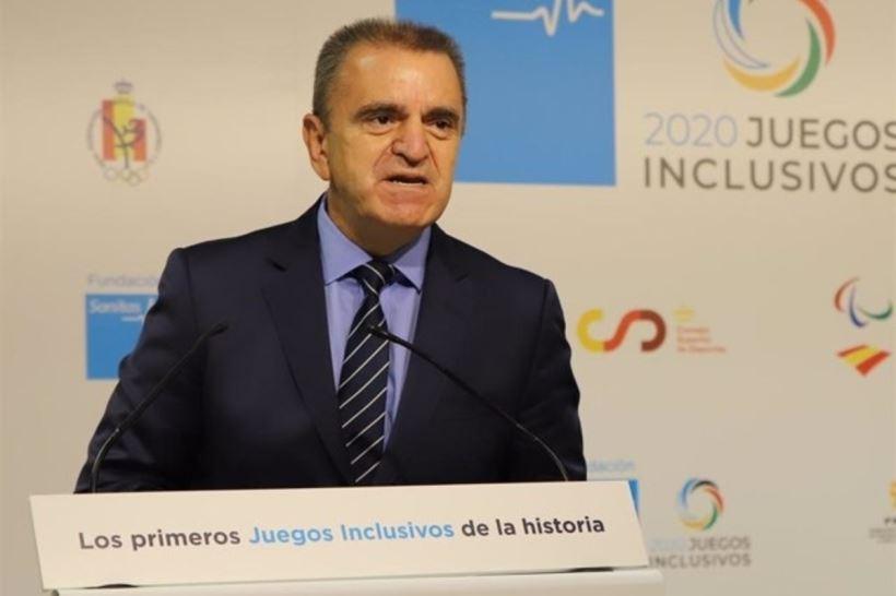 El presidente del Consejo Superior de Deportes (CSD), José Manuel Franco, lo ha hecho después de que 12 de los 16 equipos de la Liga Iberdrola rechazaran la propuesta conjunta con la RFEF sobre la emisión de los partidos