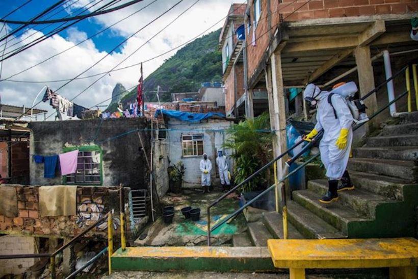 <em>La BBC pone en valor el esfuerzo de las autoridades españolas contra el Covid y ponen de ejemplo el estudio de prevalencia realizado por el Instituto de Salud Carlos III que revela la poca inmunidad de la población y el peligro de nuevas olas del virus. </em>