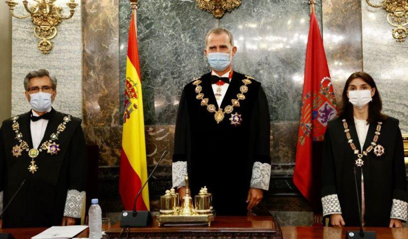 El presidente del Tribunal Supremo y del CGPJ leyó un polémico discurso en el que reclamó la renovación del CGPJ que lleva casi tres años en funciones, lo que supone un flagrante incumplimiento de la Constitución.
