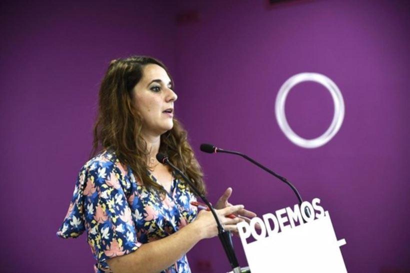 """La secretaria de Estado deja la política institucional y la cúpula feminista de Podemos en una meditada decisión personal para """"tomar aire y emprender otros caminos"""""""