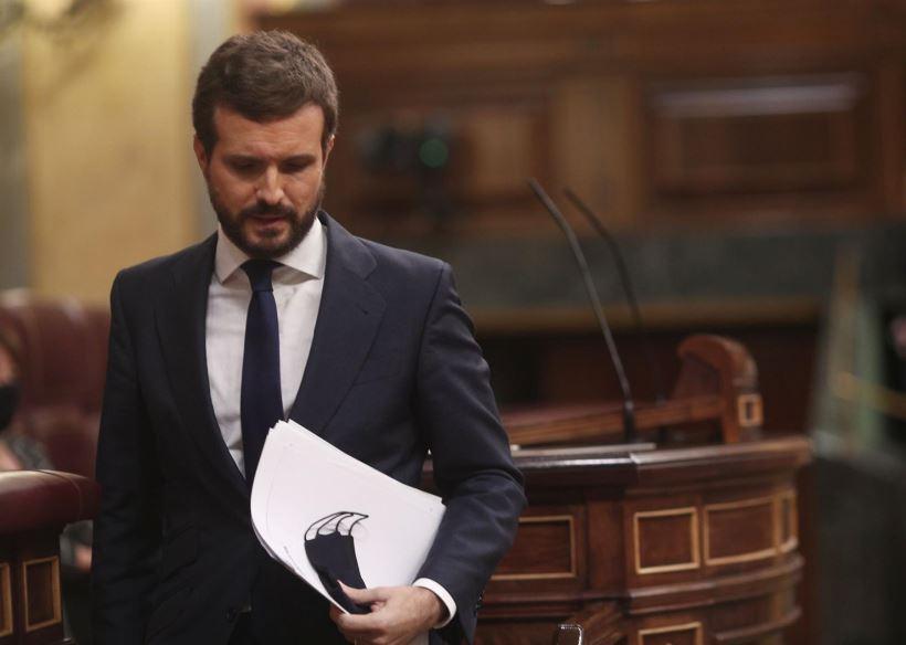 <strong>Pablo Casado rompe puentes con la extrema derecha y vota 'no' a la moción de censura de Vox. Abascal se queda perplejo, según el mismo reconoce.</strong>