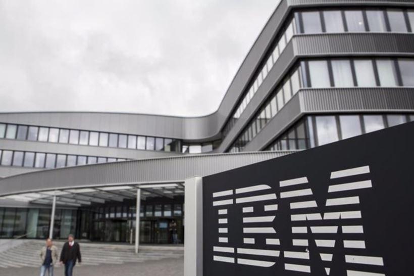 """El presidente del Gobierno ha aprovechado su visita a la sede de IBM para asegurar que """"el momento de invertir en digitalización es ahora"""""""