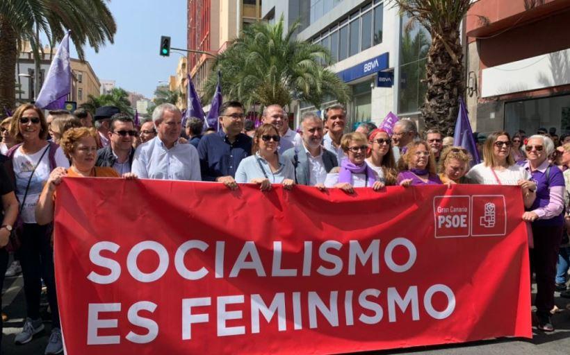 Reivindican una serie de medidas para luchar contra la desigualdad que sufren las mujeres y piden que se incorpore al ideario del partido en el 40º Congreso Federal del PSOE