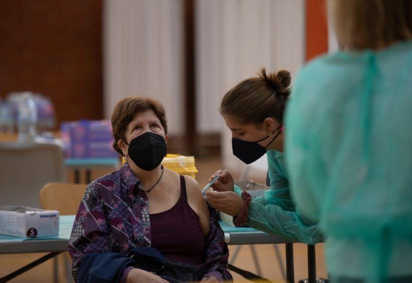 """<strong>Sánchez anuncia la llegada de 38 millones de vacunas entre abril y junio y un total de 78 millones hasta finales de agosto. Con lo que garantiza la vacunación de 33 millones de españoles a finales de verano y con ello la """"inmunidad de rebaño"""". </strong>"""